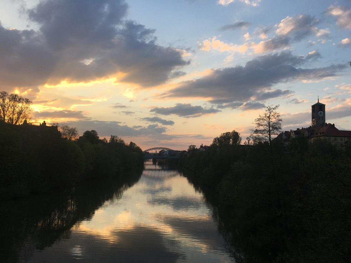 Sonnenuntergang über dem Main-Donau-Kanal