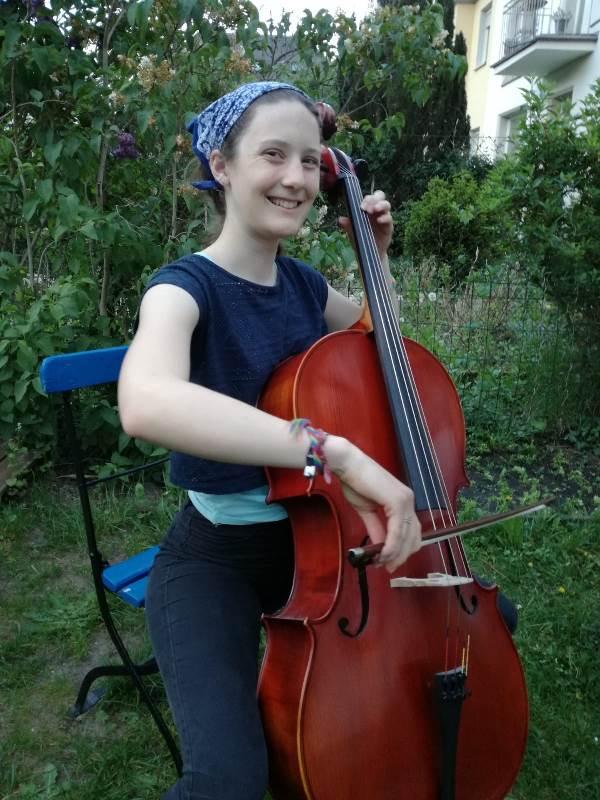 Marie spielt Bach